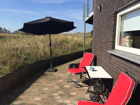 Luxe Strand Appartement (in de duinen)