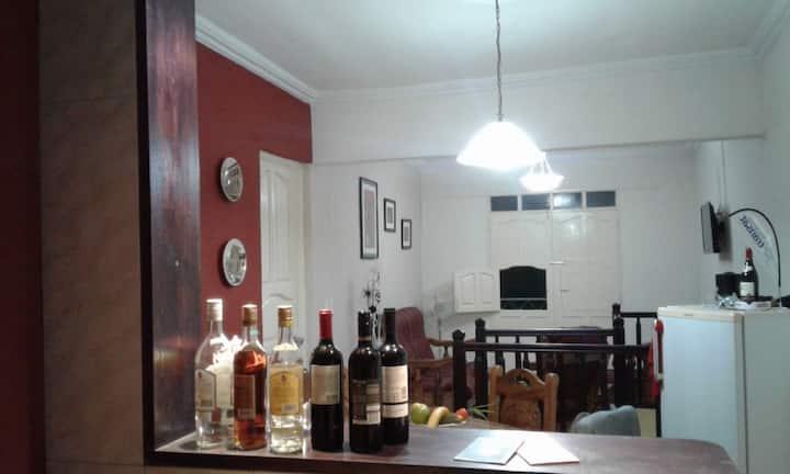 Confortable habitación en Cubata (Wifi)