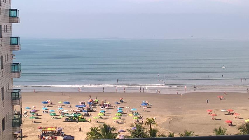 Canto do Forte com vista para o Mar - Pé na Praia