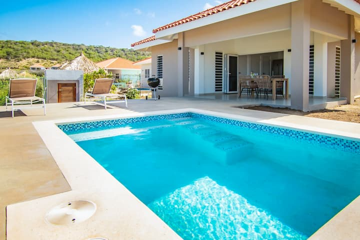 Vakantievilla met zwembad Villa Rustique