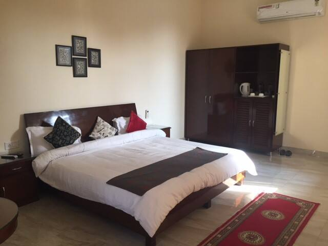 Kailash  -Room 7