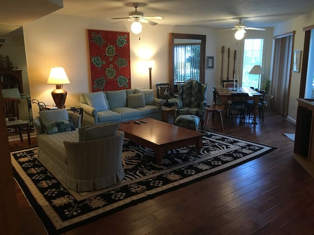 Spacious living and dining area with oceanview