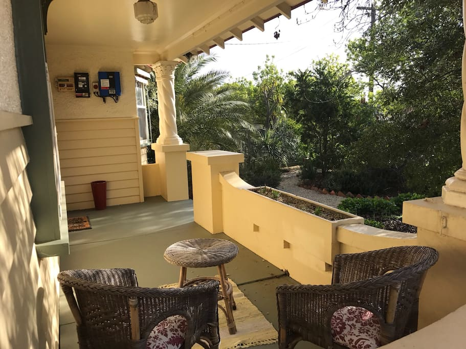 Private sheltered verandah ideal for breakfast or evening drinks. The established natives plants attract beautiful small native birds, and in the summer there are fresh tomatoes!