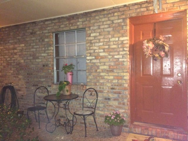 Weekly Rental - Pascagoula