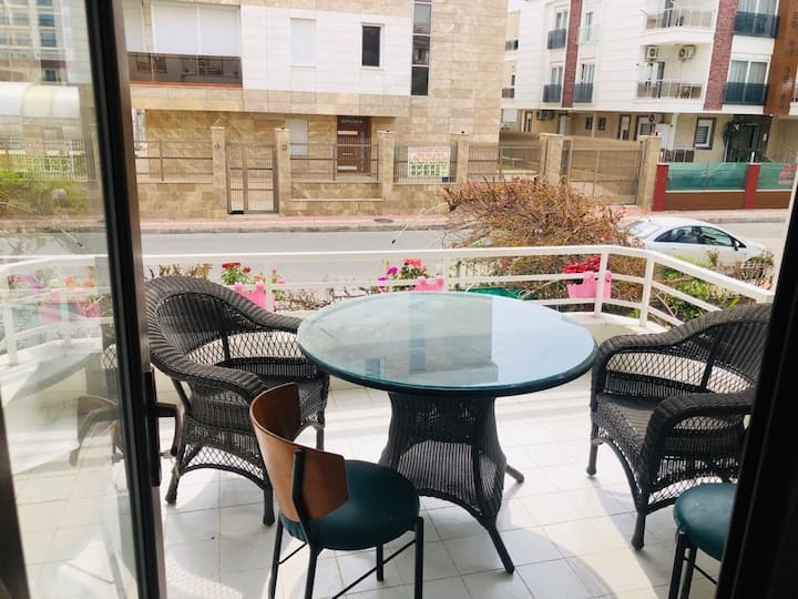 Huge Flat with Balcony 2+1  50m To Konyaaltı Beach