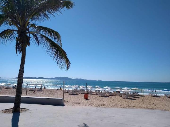 Apart-Flat 3, em frente a praia do Peró, Cabo Frio