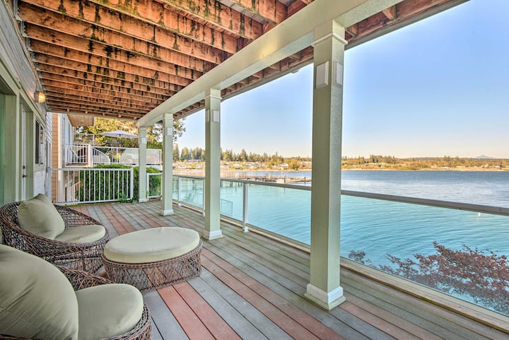 Luxury Home w/Rec Room & Deck, on Tulalip Bay
