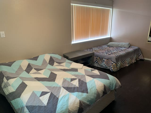 Male bed in Non private room, share room