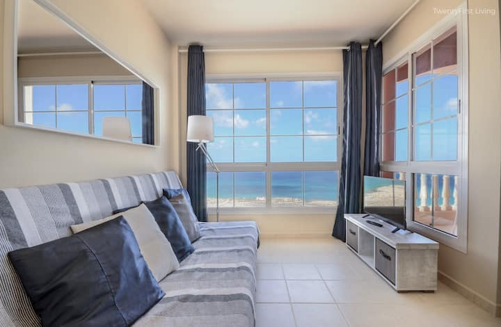 New&Modern Flat with OceanView&Free Wifi (S)