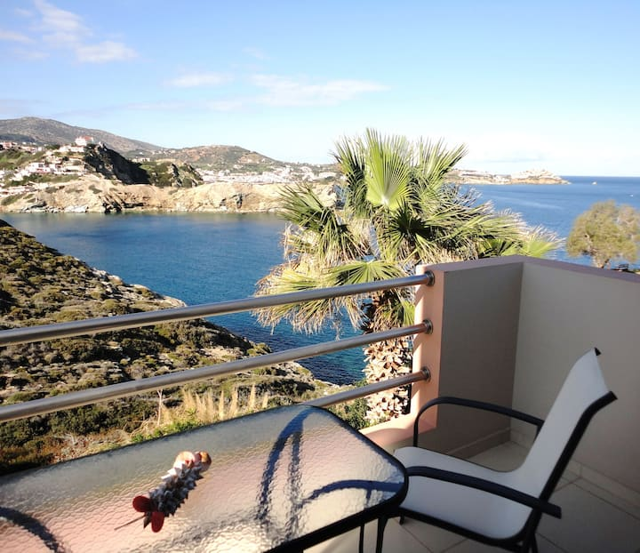 """Alkyon View Luxury Villa"