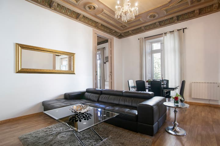 Central very spacious apt for 6 Pl.Catalunya(G14) - Barcelona - Apartment