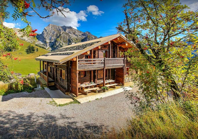 Open the door to the piste at this unique Alpine apartment - OVO Network