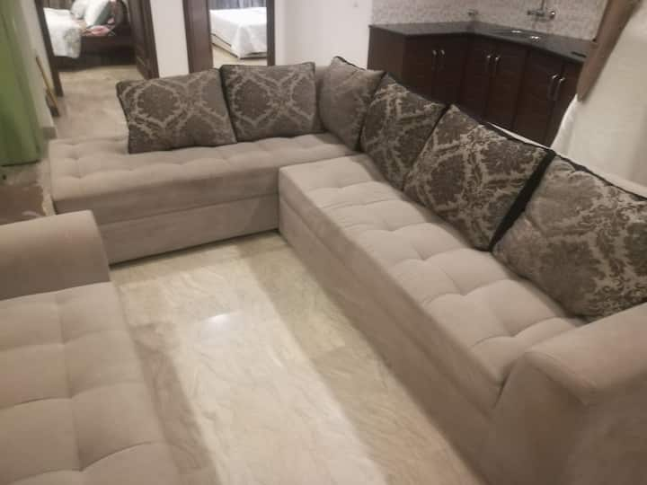 Fully Furnished Bahria 2 bed Apartment