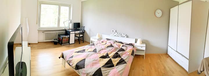 Greatly connected Modern Newly Furnished Room!