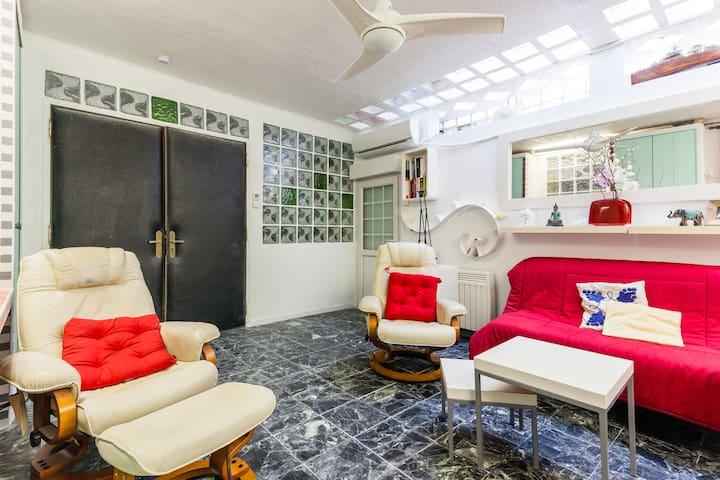 Comfortable house malmousque