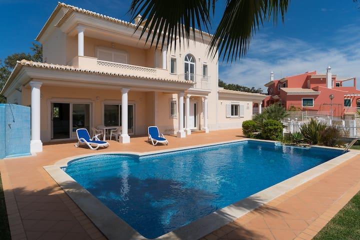 Staipe Villa, Albufeira, Algarve - Albufeira - Villa