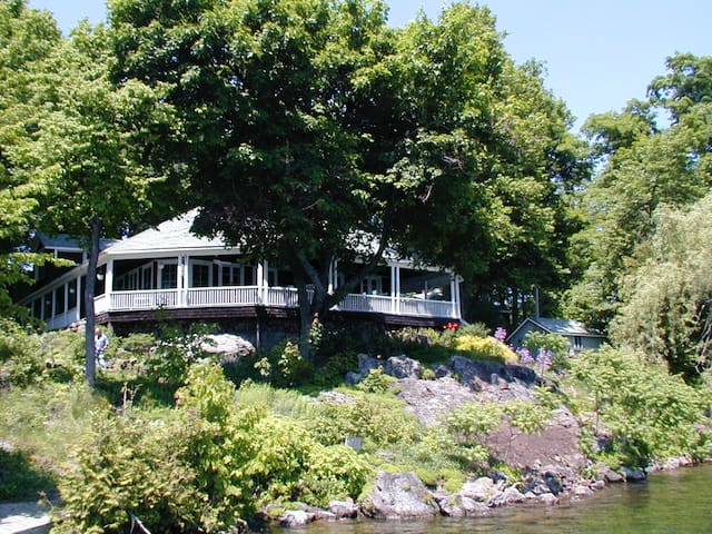 Grindstone Island: Private Island, Big Rideau Lake