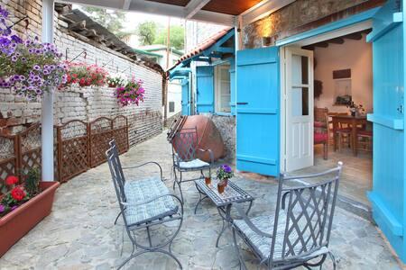 Kalopanayiotis 1 bedroom Cottage, Traditional