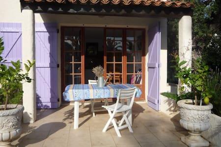 Maisonnette indépendante - Bormes-les-Mimosas - Bungalow