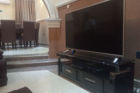 2 Bed Private Luxury Apartment. Best Deal Ever