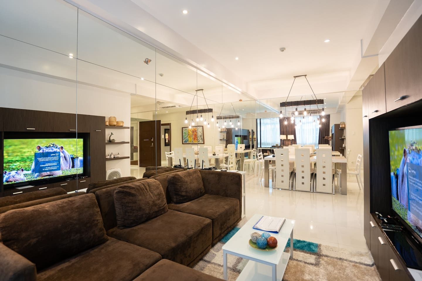 Living area and dining area.