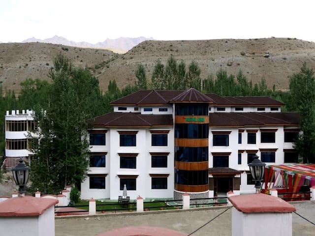 TIH Highland Mountain Resorts & Spa