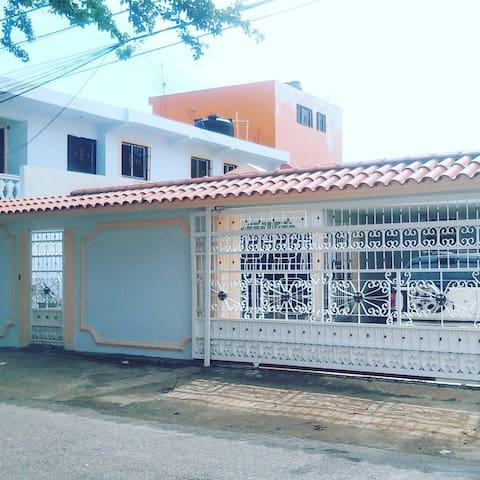 Residencial Aura Catala - Santo Domingo Este - Apto. en complejo residencial