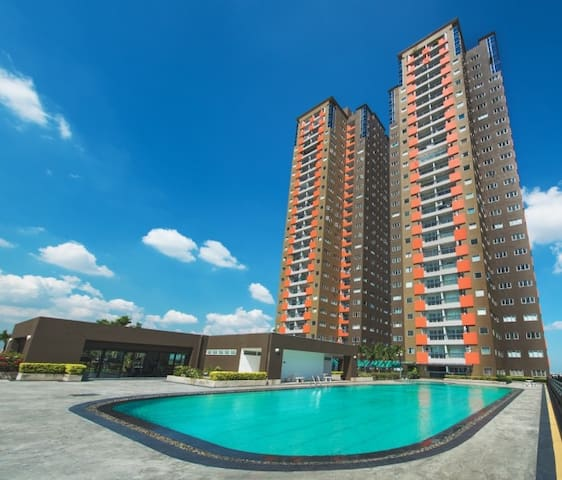 2 Bedrooms, Bangna Condo, near BTS - Bangkok - Apartment