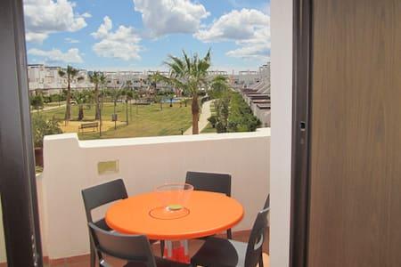 Holiday apartment in Condado de Alhama - Alhama de Murcia - Huoneisto