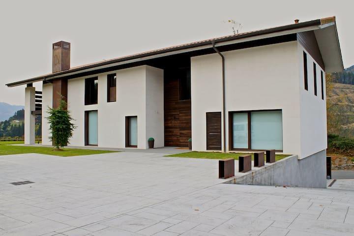 Un espacio ideal para desconectar  de la rutina - Arakaldo - Casa