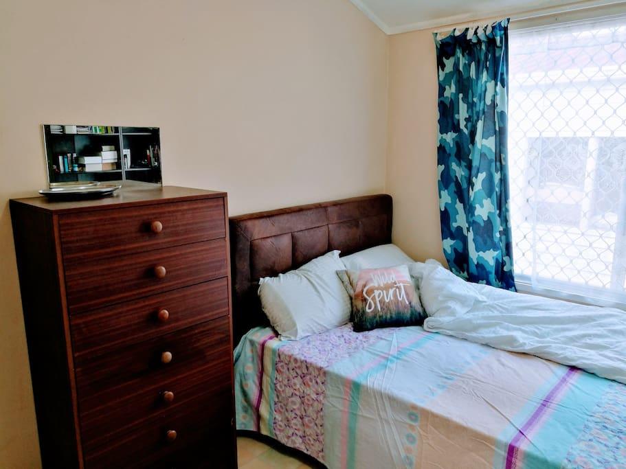 Room A Double Bed 房间A 双人床