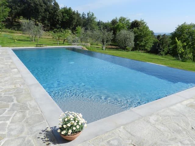 "Casolare ""Il Moro"" beautiful Tuscan house - Monte San Savino - Tatil evi"