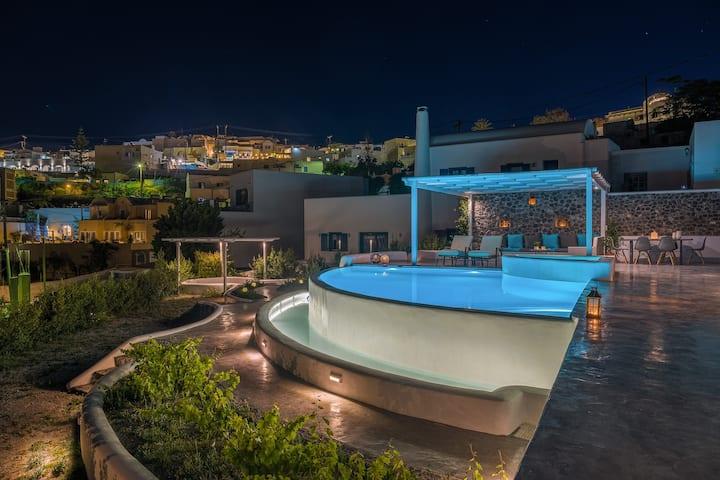 LaNera Luxury Villa - Infinity Pool, Hot Tub, Gym
