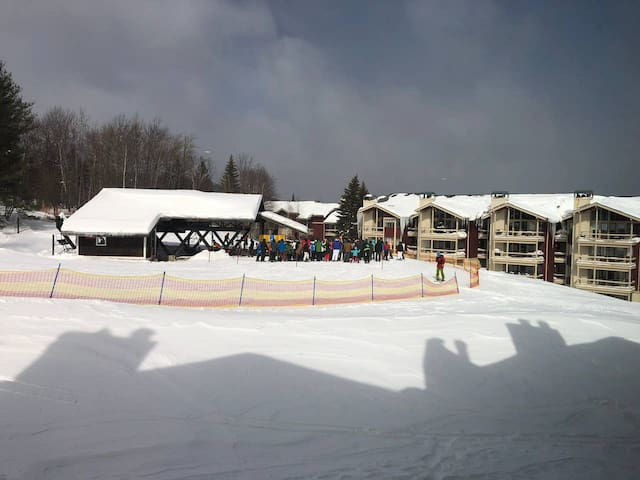 Stratton - Ober Tal - True Ski ON and Ski OFF