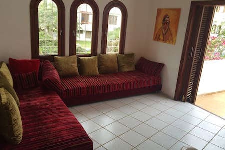 Appartement 2.5 chambres équipé - Daire