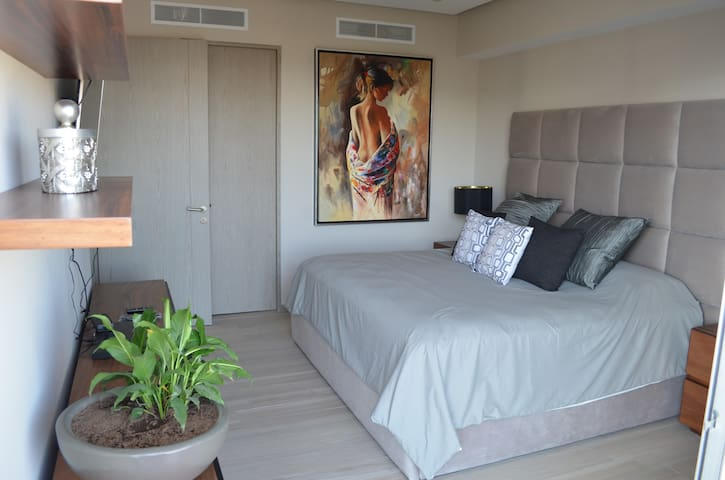 new Luxurious apartment in Guadalajara with pool - Guadalajara - Apartment