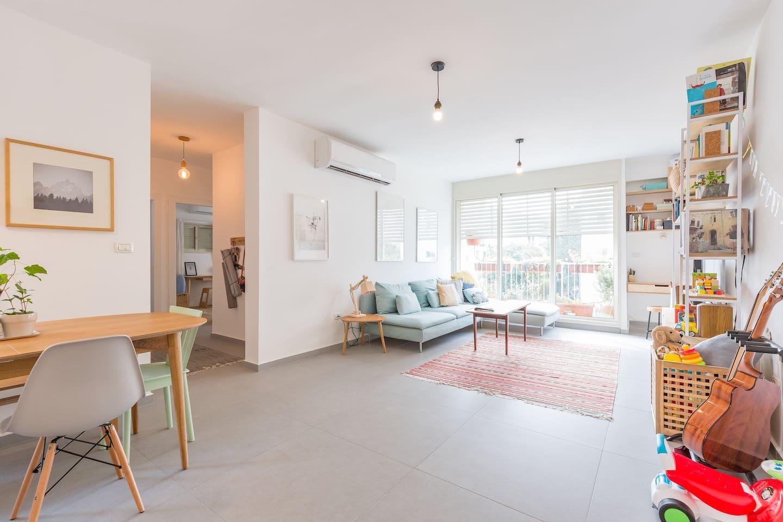 Open floor-plan living room and kitchen