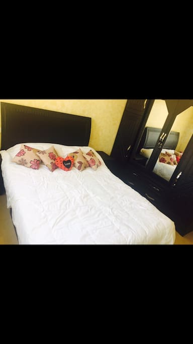Un lit pour deux personnes