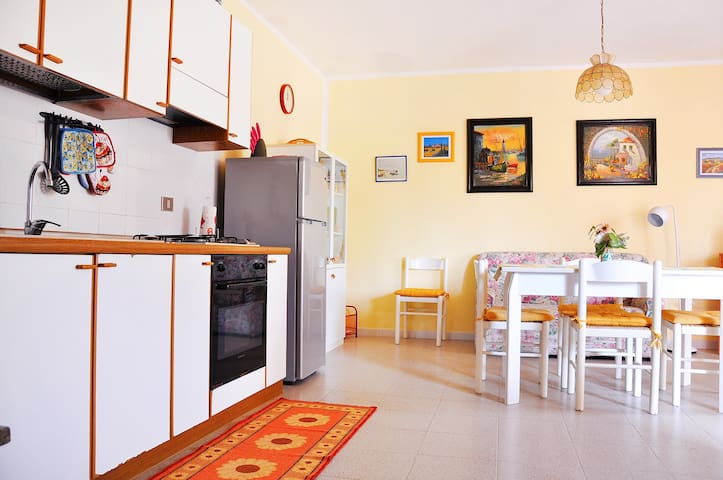 Flat for up to 4 people 180 mt. far from the beach