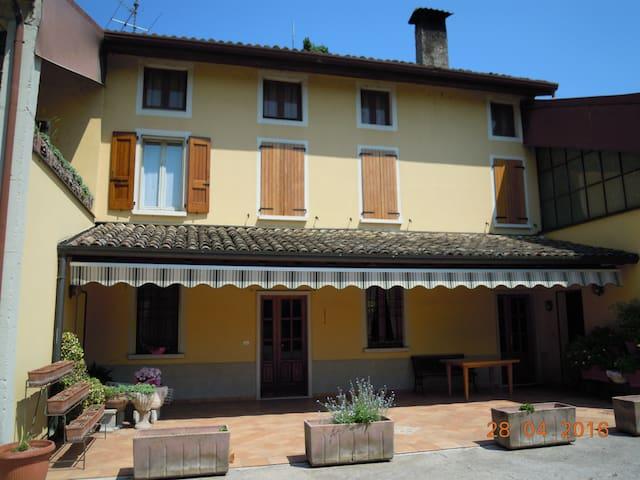 Cucca Farm - Calvisano - Casa