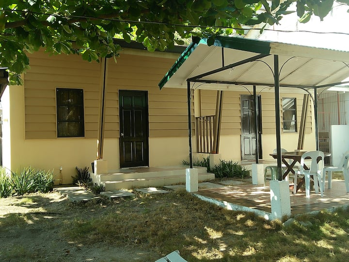 Malapascua Cottage no.1 for 2guests with free wifi