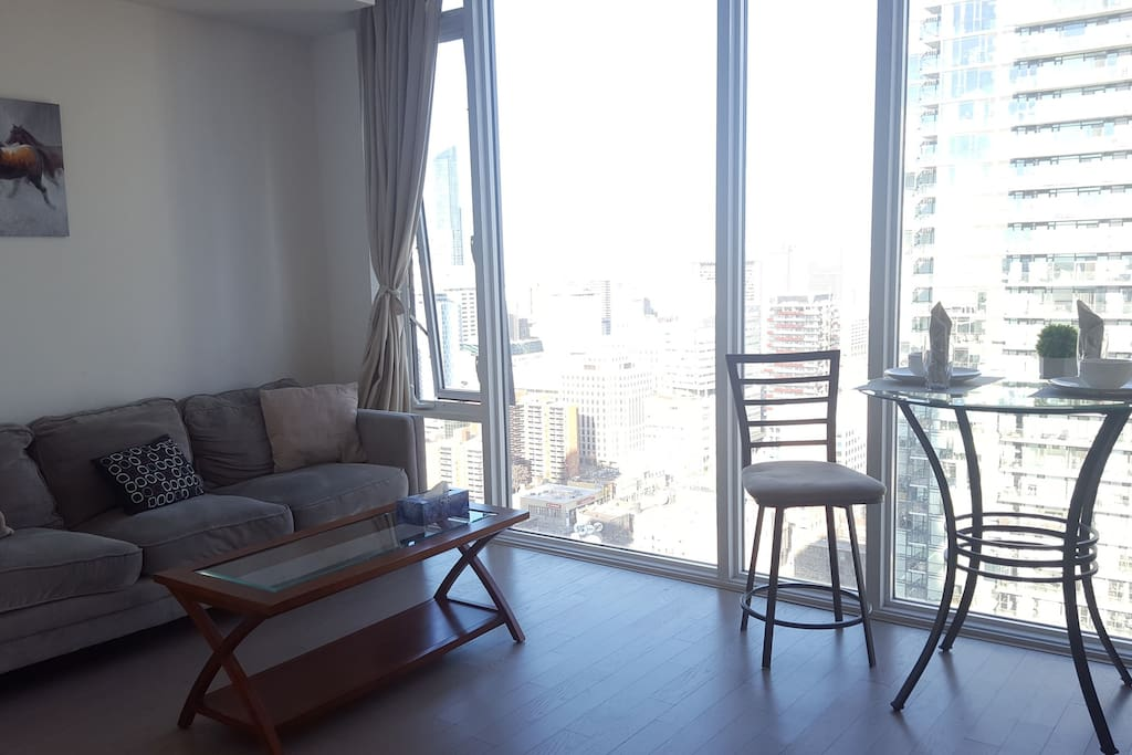Best Location Downtown Modern 1 Bedroom Condo Flats For Rent In Toronto Ontario Canada