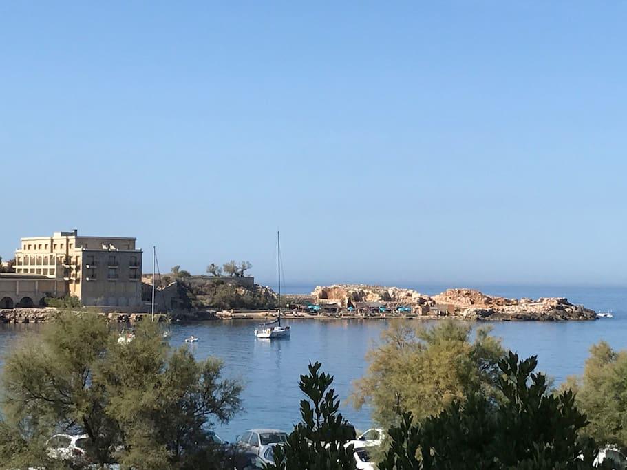 Vue mer et île de Bendor , du balcon de la suite de l'etage