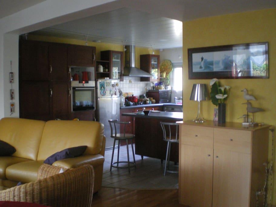 chambre dans maison au calme vannes centre port maisons louer vannes bretagne france. Black Bedroom Furniture Sets. Home Design Ideas