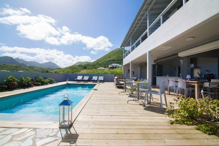 """""""Villa Jwi Lavi"""" Boutique Hotel - Suite Jardin Vue Mer et Petit-déjeuners"""