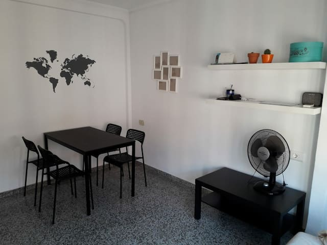 Habitación (room) plaza España