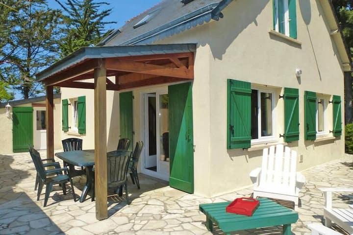 4 star holiday home in Hillion