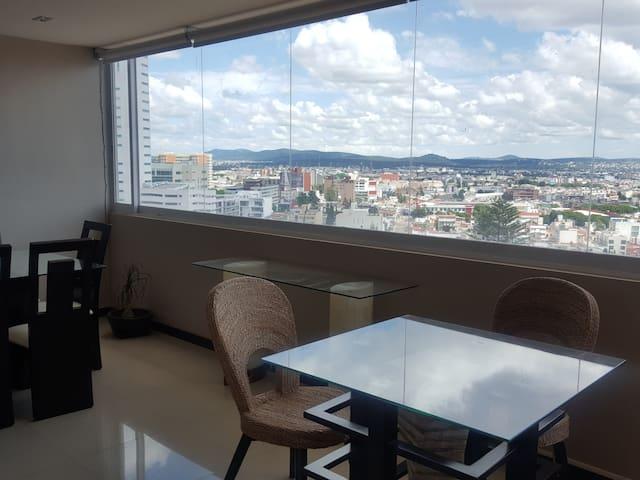 Céntrico departamento preciosa vista de Puebla