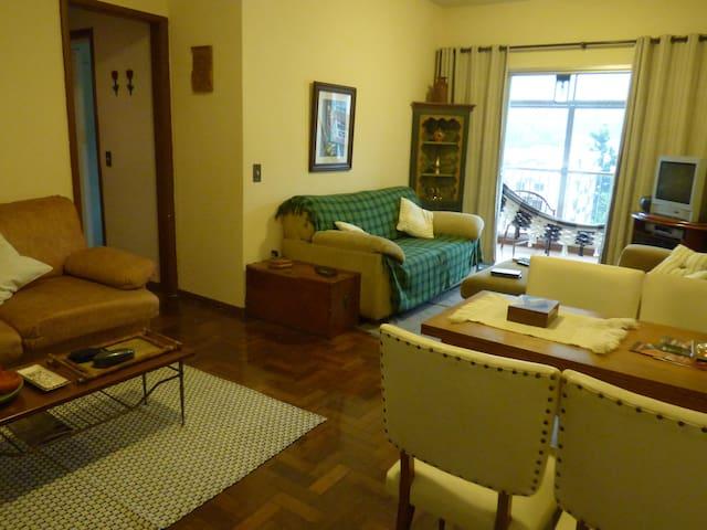 Apt confortável em Terê - Teresópolis - Apartamento