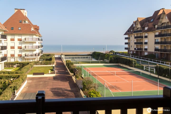 Studio moderne accès plage, piscine et tennis